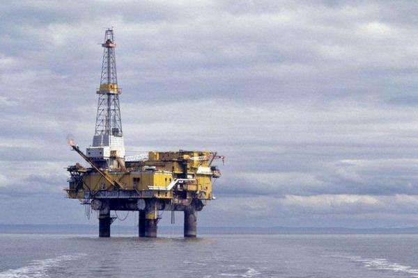 EIA原油库存降幅超过预期 美国汽油需求创纪录新高!